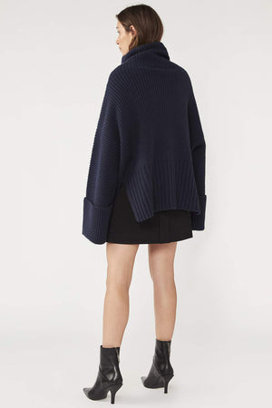 Camilla And Marc / Theodore Knit Top / Navy