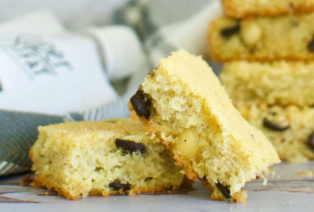 Macadamia Nut Cookie Bars with SuperFat