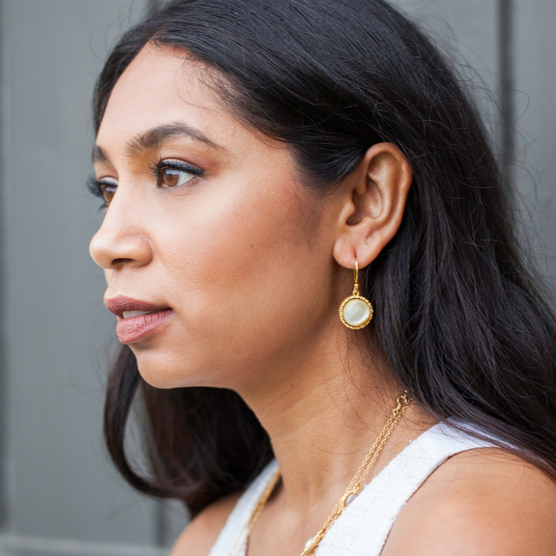 Lynn Earrings - Pearl