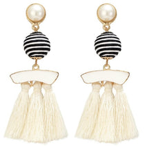 Load image into Gallery viewer, Bohemian Style Tassel Drop Earring