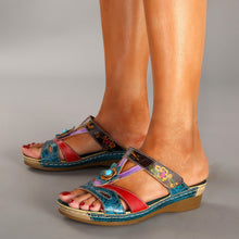 Load image into Gallery viewer, Summer New Style Slope With Ethnic Style Flowers Sandals