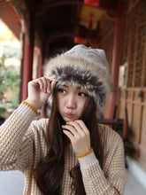 Load image into Gallery viewer, Women Winter Fur Collar Knit Hat Bib