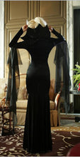 Load image into Gallery viewer, Halloween Black Long Sleeve Witch Maxi Dress