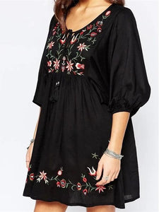 Bohemia Embroidered Round-neck Half Sleeves Mini Dress