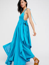 Load image into Gallery viewer, Loose Halter suspenders irregular hem long dress
