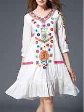 Load image into Gallery viewer, Sweet Floral Embroidery 3/4 Sleeve V Neck Midi Dress