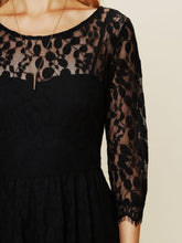 Load image into Gallery viewer, Leaf & Flower Pattern Lace dress