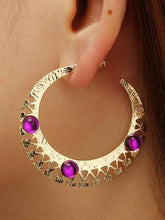 Load image into Gallery viewer, Vintage Carving Alloy U Basket Hollow Earrings