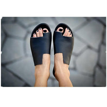 Load image into Gallery viewer, Retro Fashion Clip Toe Open Toe Flat Sandals Shoes