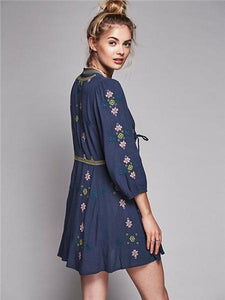 Hot Sale Sleeve lace waist Bohemia V-neck embroidery dress