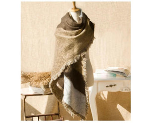 Pretty Raw Edges Imitation Thick Scarf