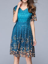 Load image into Gallery viewer, Exquisite Floral-Print Waisted Short Sleeve V Neck Mini Dress