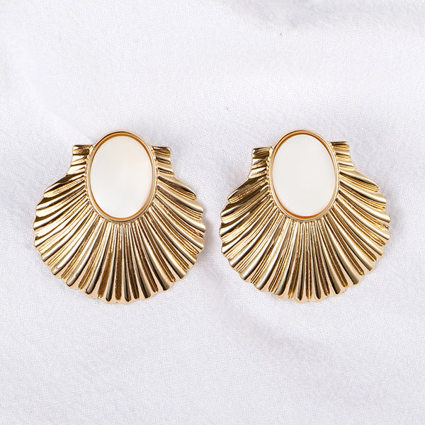Exaggerated Fan-shaped Alloy Earrings with White Shells
