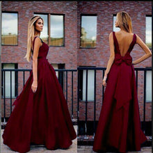 Load image into Gallery viewer, 2018 new backless rosette evening dress