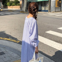 Load image into Gallery viewer, Three-color casual loose lazy style shirt dress