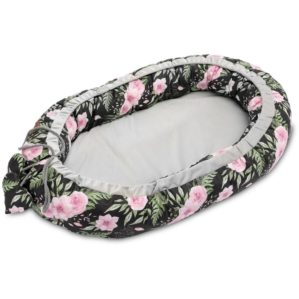 Sensillo Velvet Baby Nest - Black Flowers