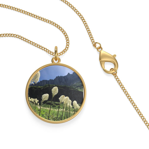 Bear Grass Single Loop Necklace