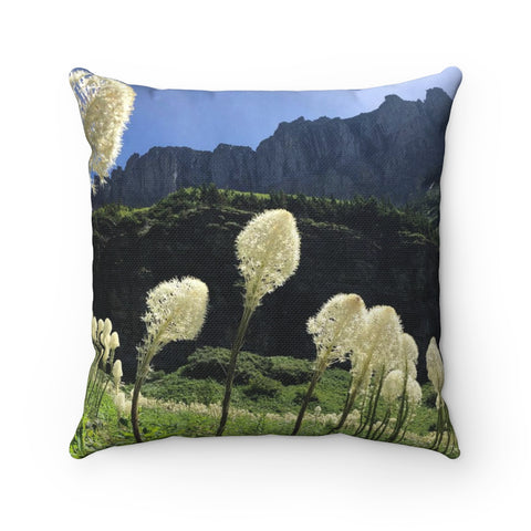 Bear Grass Spun Polyester Square Pillow