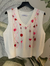 Beatrice knitted vest white