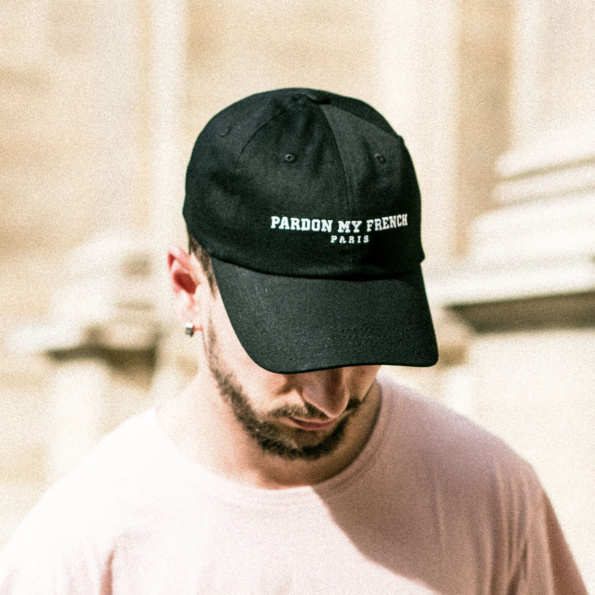PARIS EDITION HAT BLACK