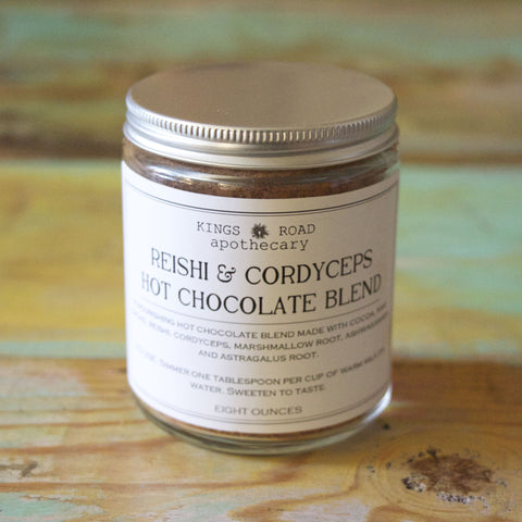 Reishi-cordyceps hot chocolate
