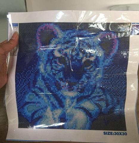 2019 Dream Cute Little Tiger Close Up 5d Cross Stitch UK Rhinestone Painting VM1215