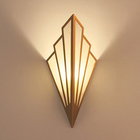 Gorgeous Wall Lamp