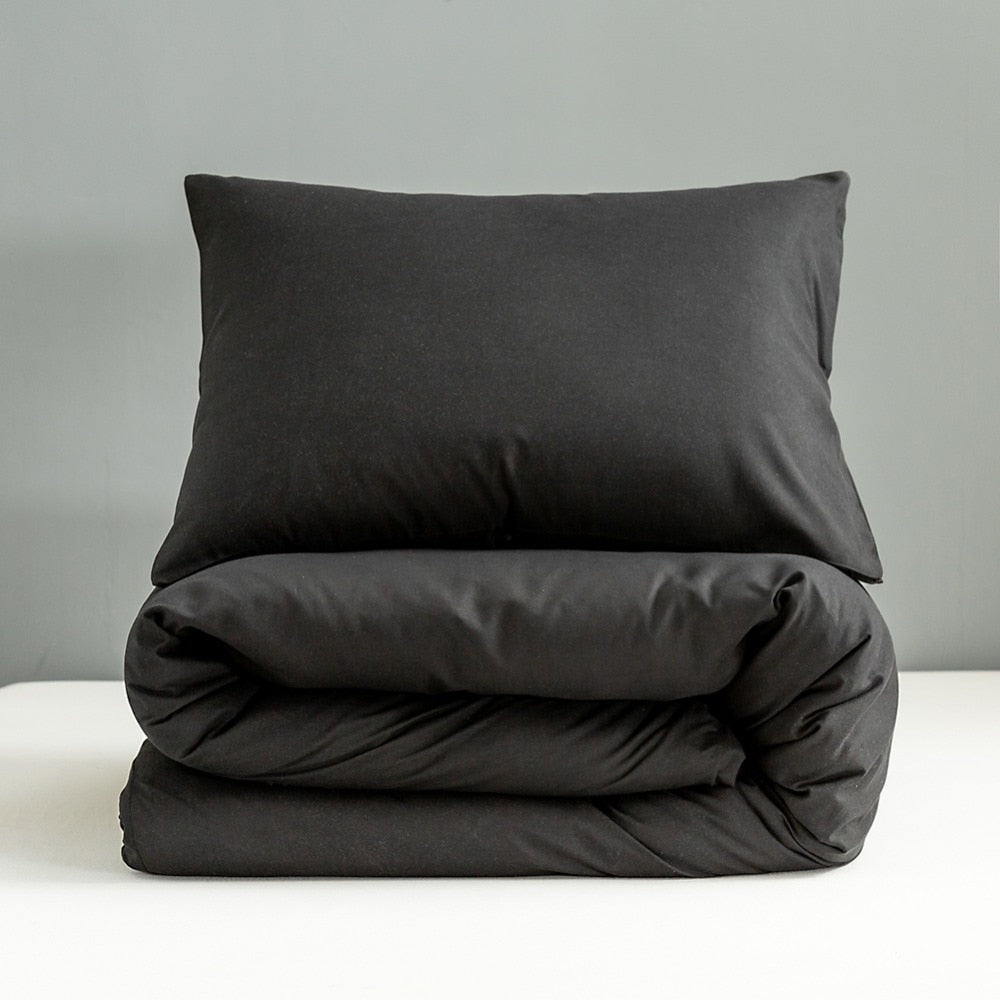 Black Pillowcases Set