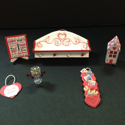Mini Pocket Party Classes for Dollhouses