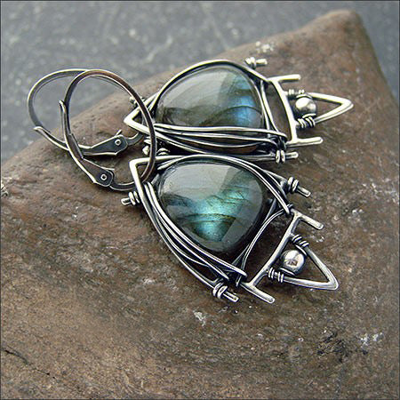 Vintage Geometric Triangle Labradorite Stone Earrings Bohemian Stereoscopic Gem Pendentif Boucles d'oreilles