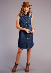 Stetson Sleeveless Denim Embroidered Shirt Dress