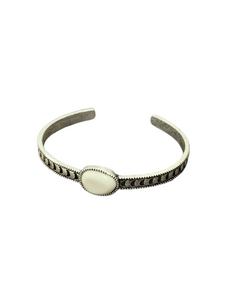 White Turquoise Cuff 711102