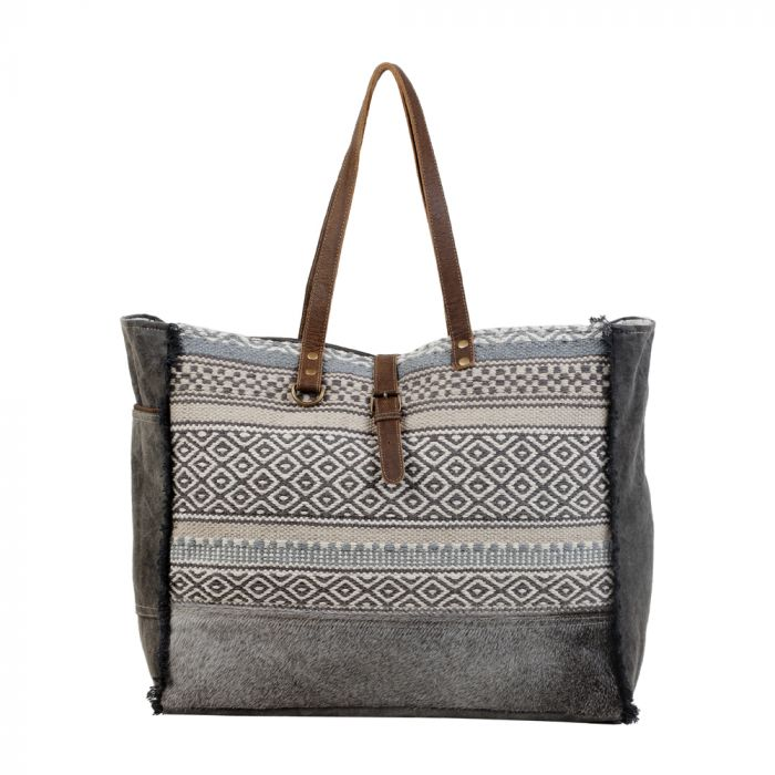 Minimal Rhombus Patterned Weekender Bag