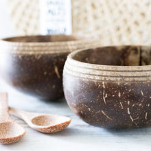 Load image into Gallery viewer, Seagrass Bag and coconut bowls set