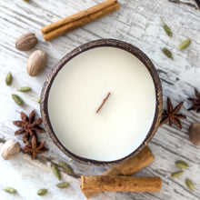 Load image into Gallery viewer, Coconut Candle - Chai with Wood Wick