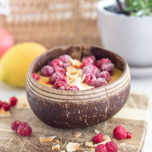 Coconutsy boho bowl with mango smoothie