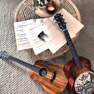 Coconut candles and guitars in the lounge