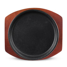 "Load image into Gallery viewer, 8"" Round (7"" Dia. Inner) Cast Iron Hot Plate with Wooden Tray (KW-80011-8-CWC)"