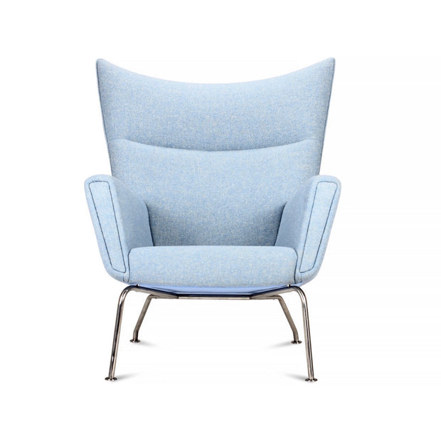 CH445 Wing Chair | Hans J Wegner | Designer Furniture Replicas | M-Edition