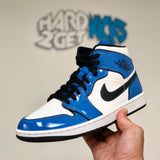 Air Jordan 1 Mid SE - Signal Blue