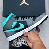 Air Jordan 1 Mid - Aurora Green