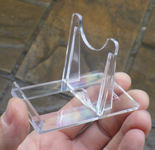 Load image into Gallery viewer, 10 Small 2-Piece Plastic Display Stands | Earthfound.co.uk
