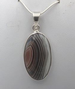 Oval Botawana Agate Silver Pendant | Earthfound.co.uk