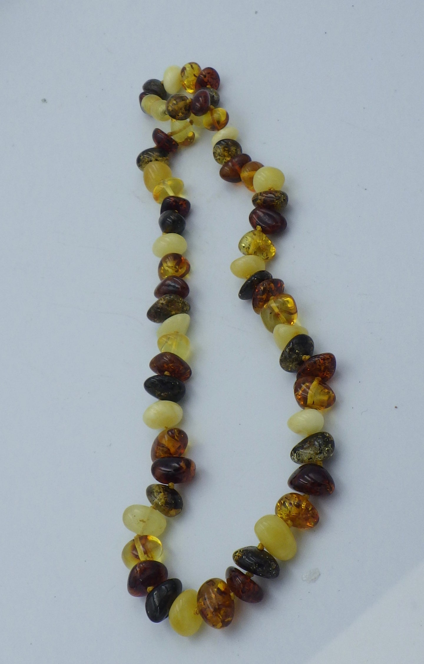 16 inch Three Colour Baltic Amber Bead Necklace | Earthfound.co.uk