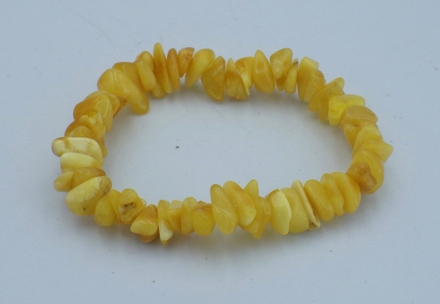 Butterscotch Colour Baltic Amber Chip Bracelet | Earthfound.co.uk