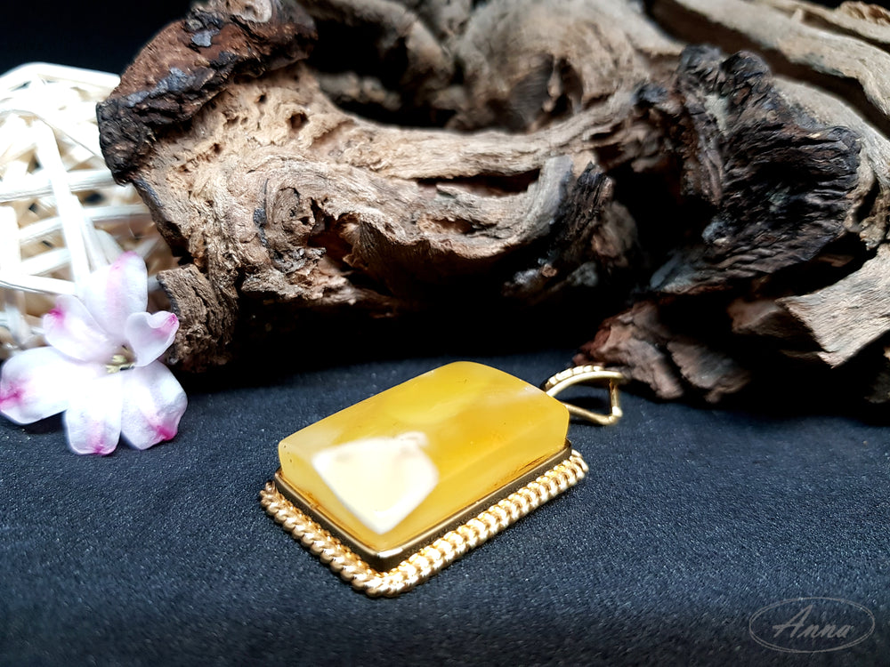 Yellow Amber Pendant