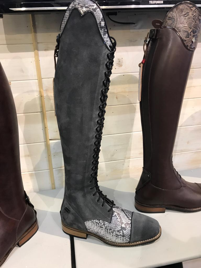 Deniro Boots In Grey Suede And Snake Detail