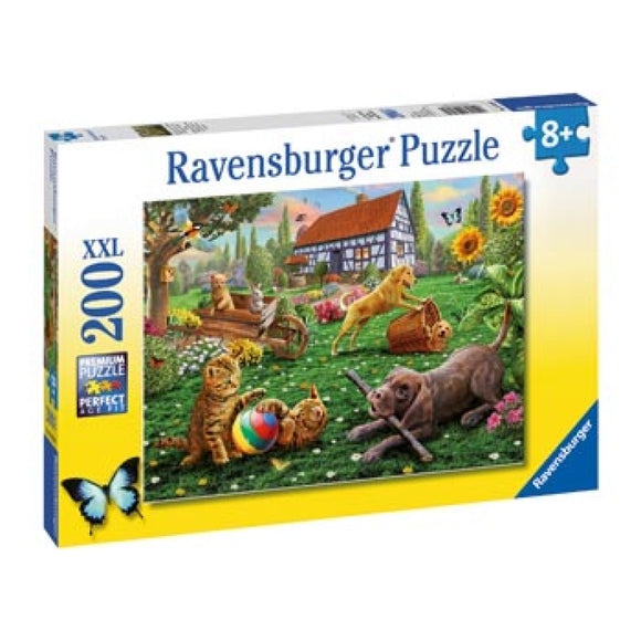 PUZZLE 200PC PLAYING IN THE YARD