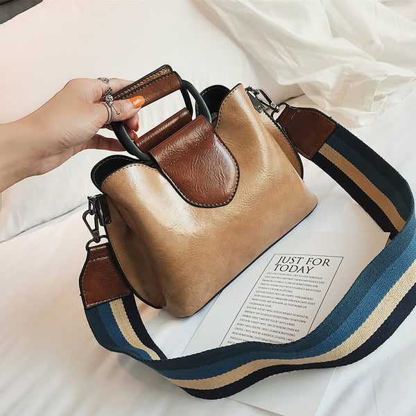 Luxury handbags women bags designer handbag Iron hand Double shoulder strap new fashion crossbody bag