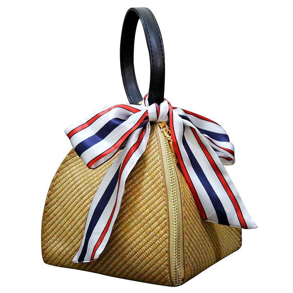 VA Chic Straw Bag